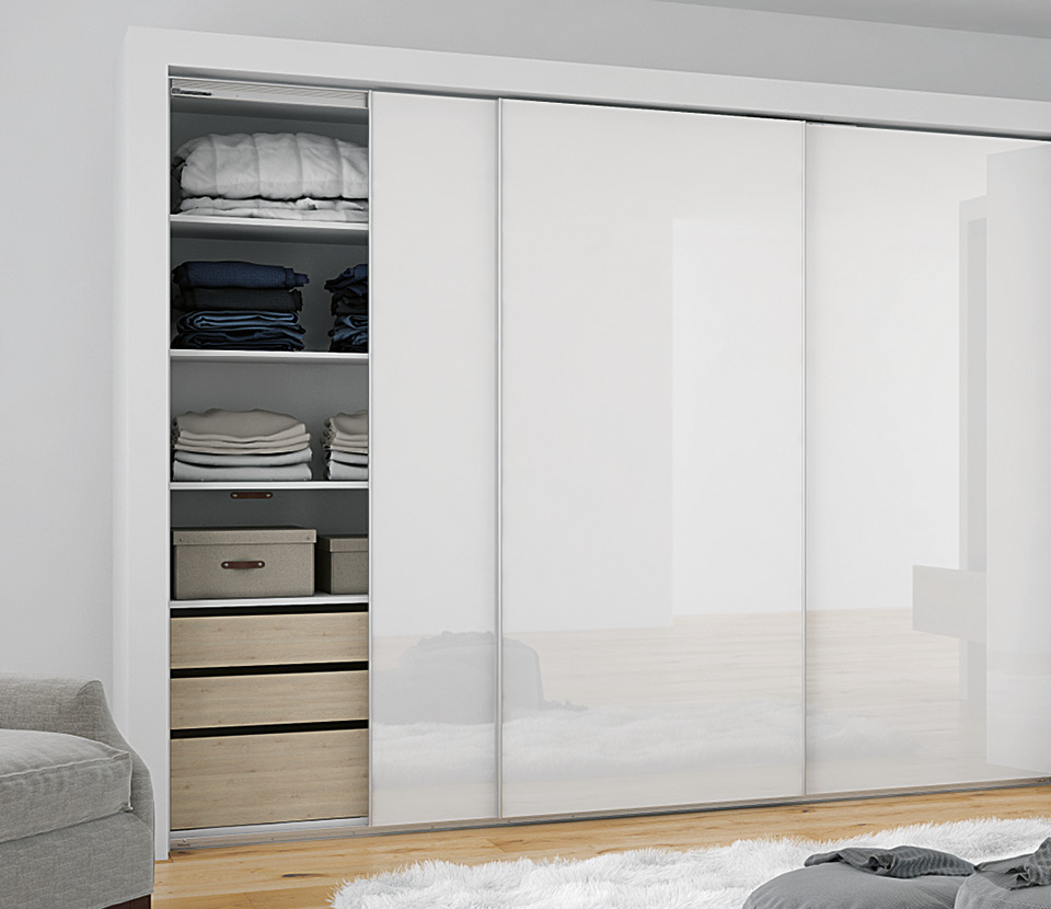Versatile sliding door system for overlay doors: TopLine L