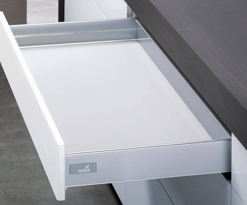 The same drawer profile is always used for all drawer and extension options. Photo: Hettich