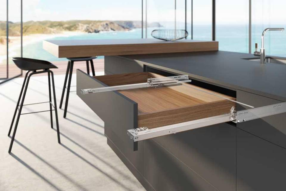 Drawer runner Actro 5D from Hettich