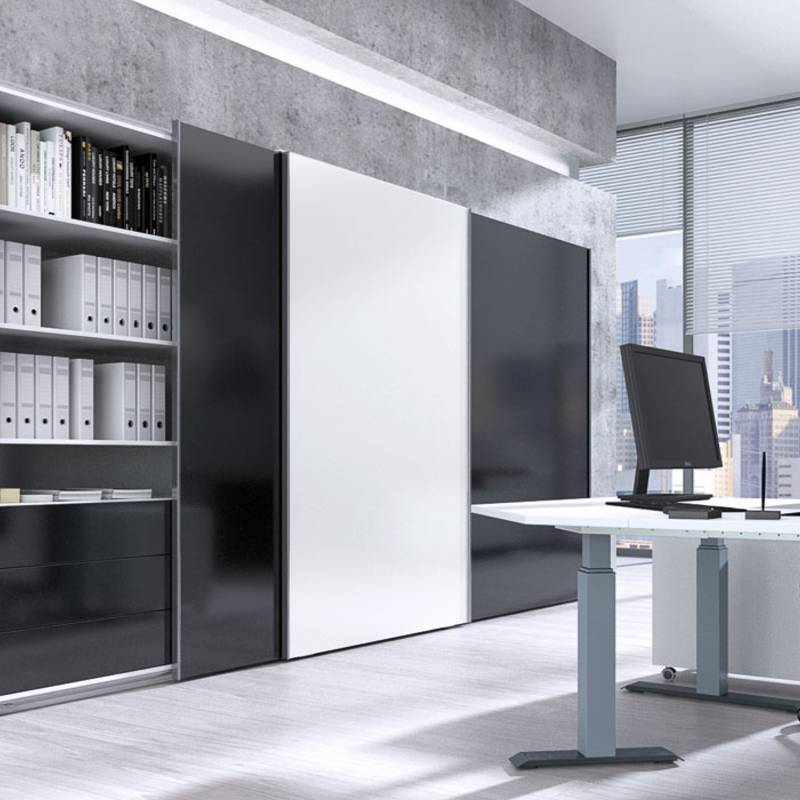 Generous storage space elegantly designed: TopLine sliding door systems.