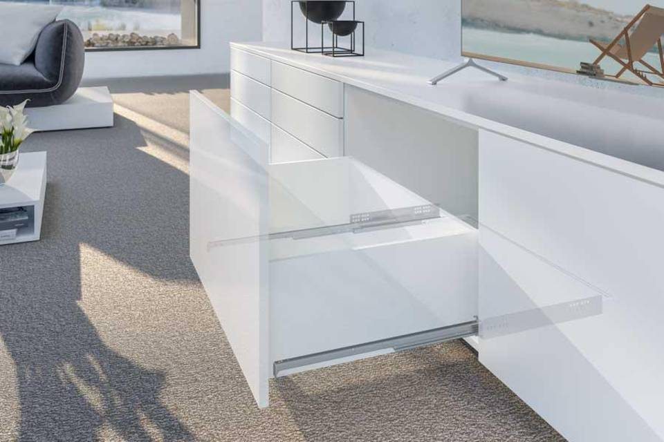 Drawer runner Quadro from Hettich