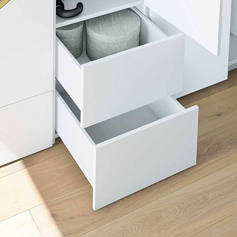 Quadro runner for wooden drawers: handleless drawers with Push to open function can be opened by pressing on any part of the front panel. With optional synchronisation.